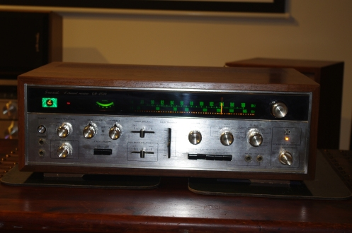 Sansui QR4500 all lit up