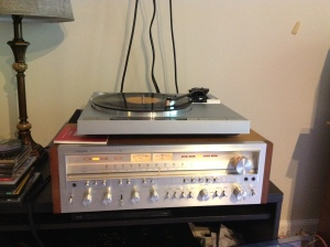 Recapped Pioneer SX-1250 and Yamaha P-520 spinning some vinyl